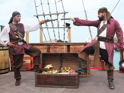 Rogers Pirates Show  , Tours Cancun Riviera Maya